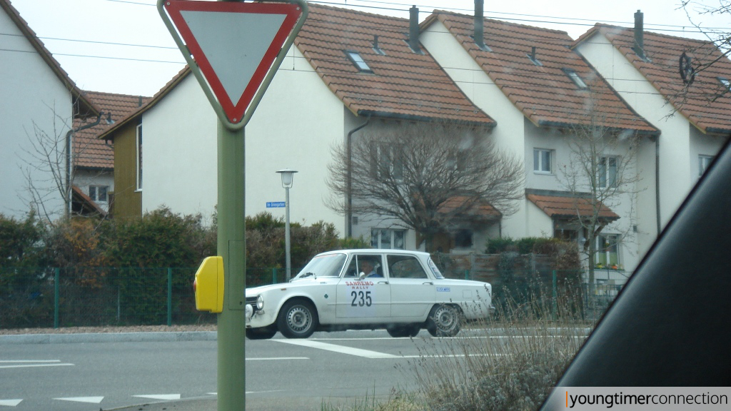 Alfa Romeo Giulia | So\'was sieht man auch nicht alle Tage.
