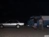 Auch um Mitternacht werden die Fahrzeuge begutachtet